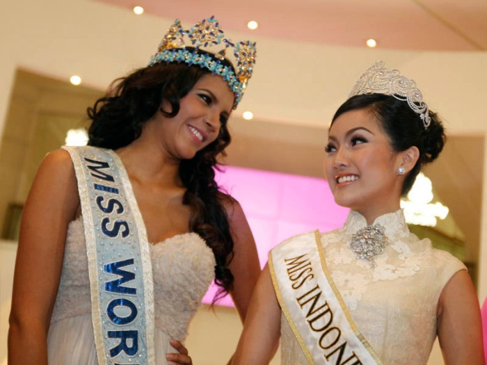 Official Thread of MISS WORLD 2011 - Ivian Sarcos - Venezuela - Page 4 Iv2